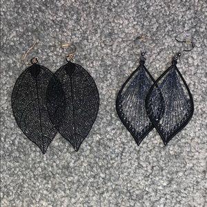 bundle of 2 leaf shaped earrings